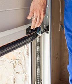 United Garage Door Service Minneapolis, MN 612-512-1932
